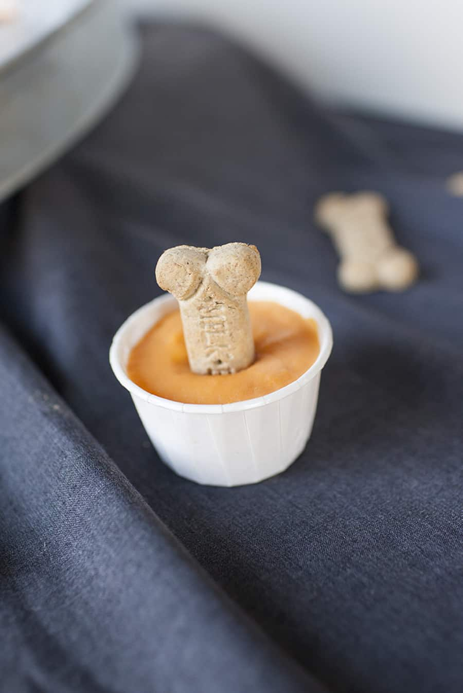 Make these homemade doggie treats this summer for your pet! These sweet potato and banana pupsicles are the perfect treat to beat the summer heat.